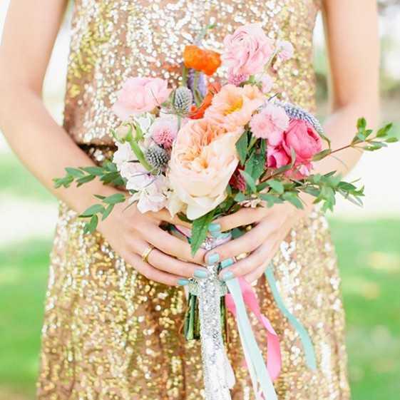 Маникюр на свадьбу гостям