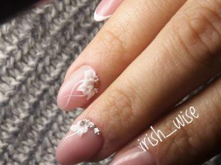 Свадебный маникюр с лепкой