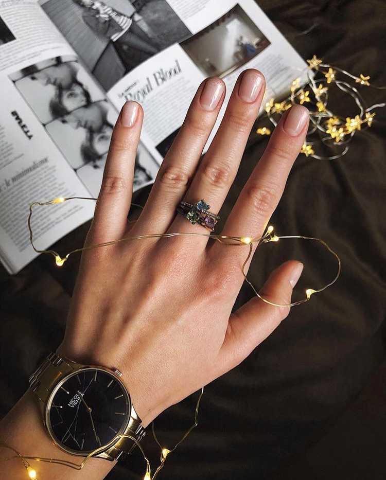 как украсить очень короткие ногти