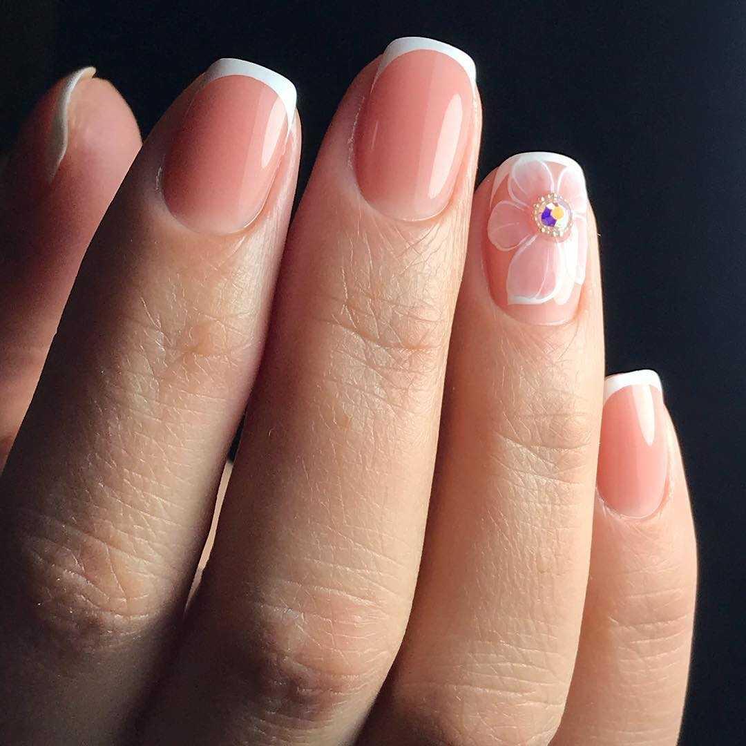 Как делать французский маникюр на свои ногти