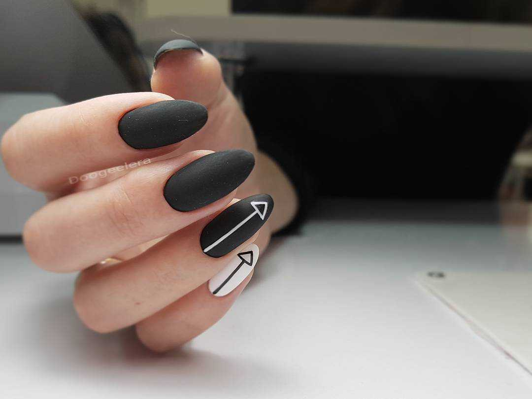 Серый Лак Для Ногтей Фото