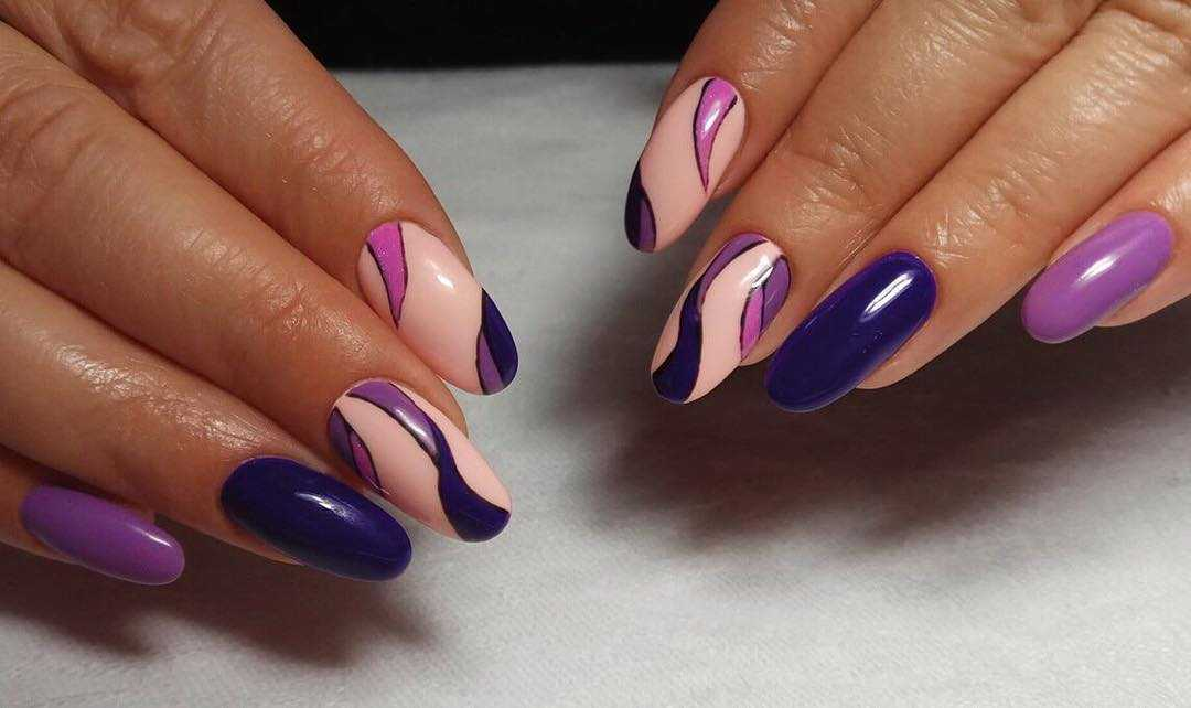 сине-фиолетовые ногти