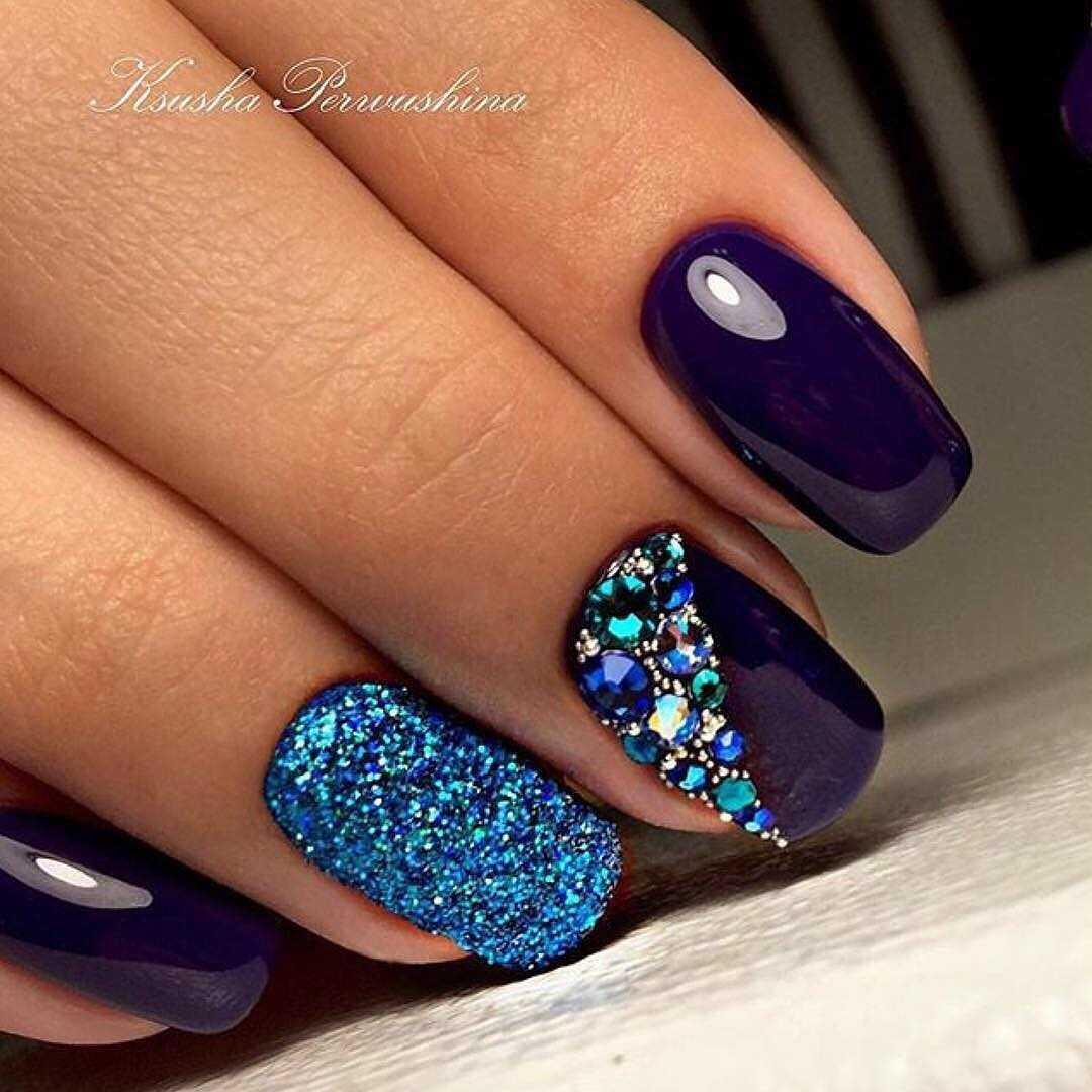 фиолетовые ногти с бирюзовым