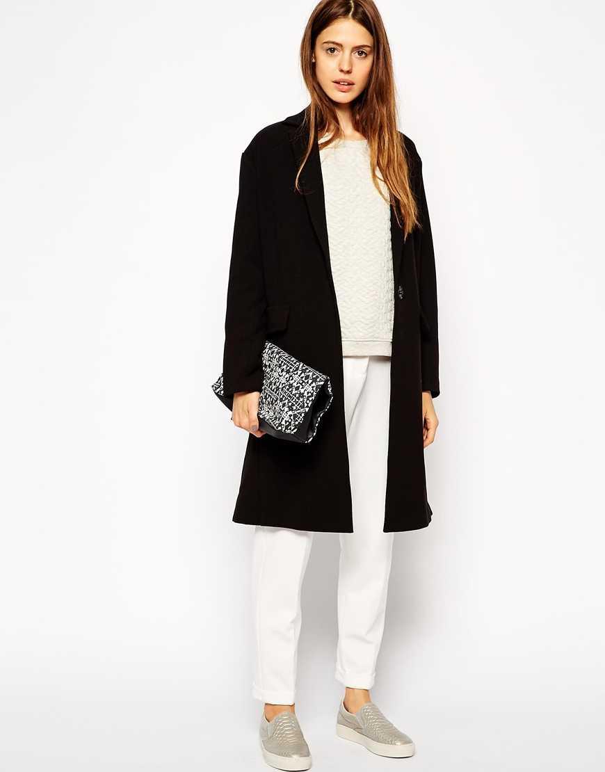 Базовое черное пальто