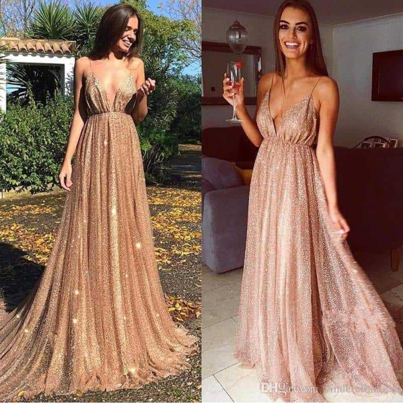 Нюдовое платье в пол в пайетках