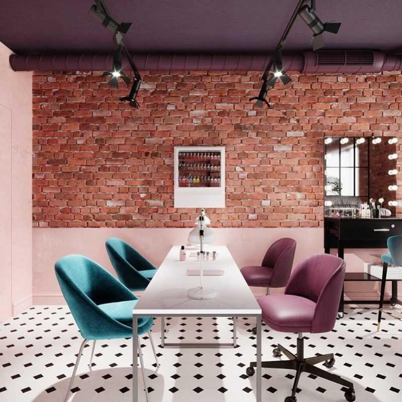 концепция салона. разноцветные кресла и черно-белый пол