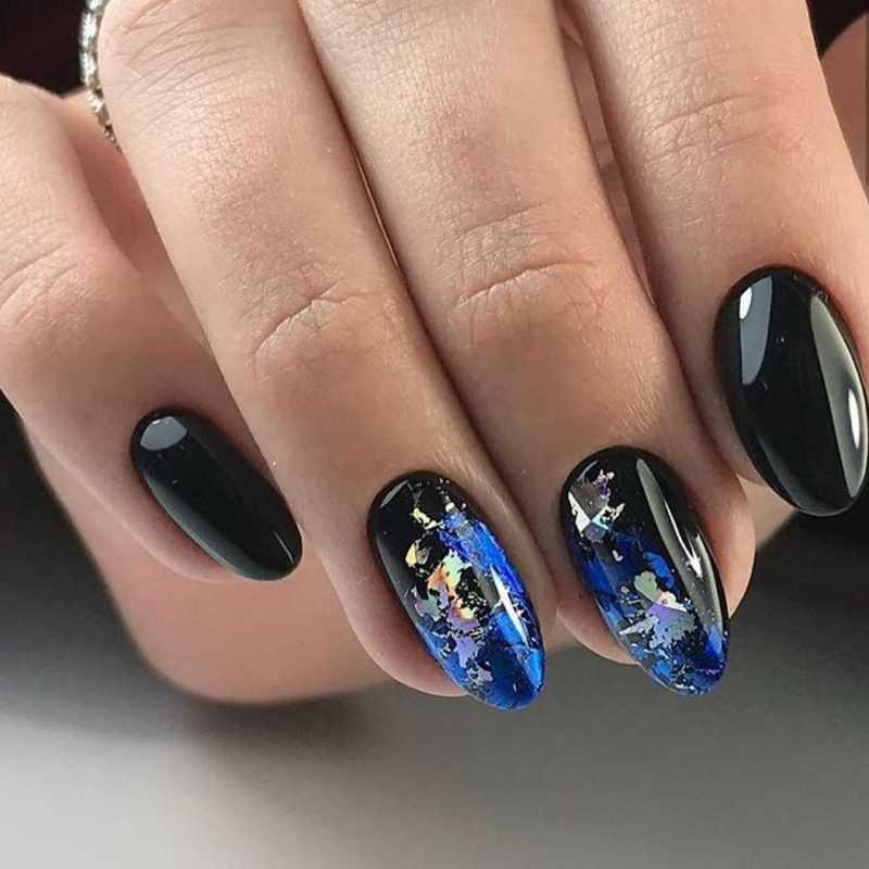 black-nails-120