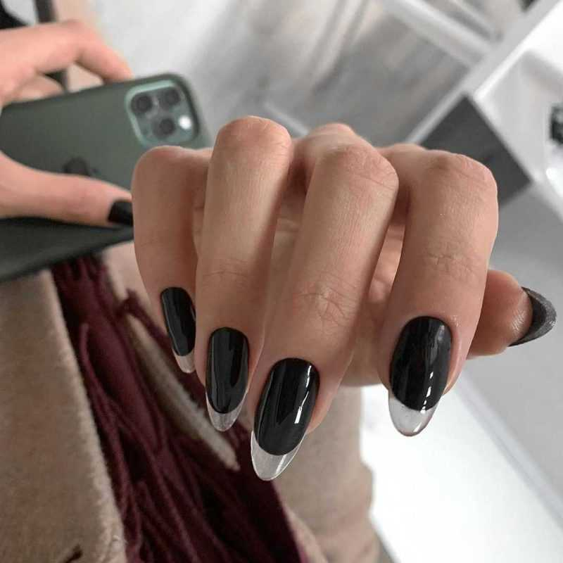black-nails-122