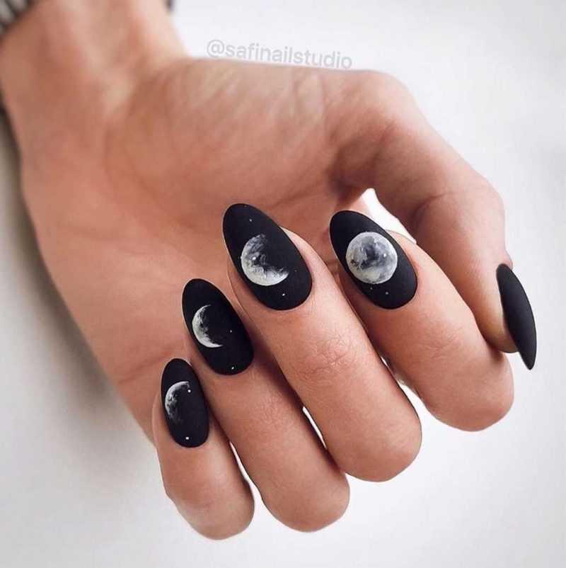 black-nails-127