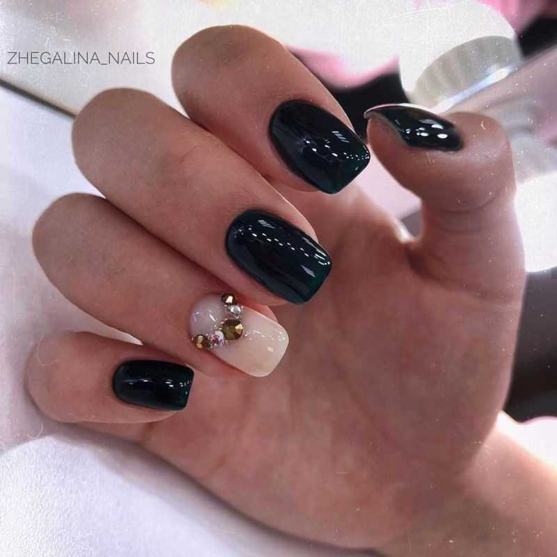 black-nails-128