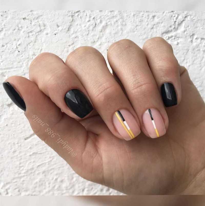black-nails-129