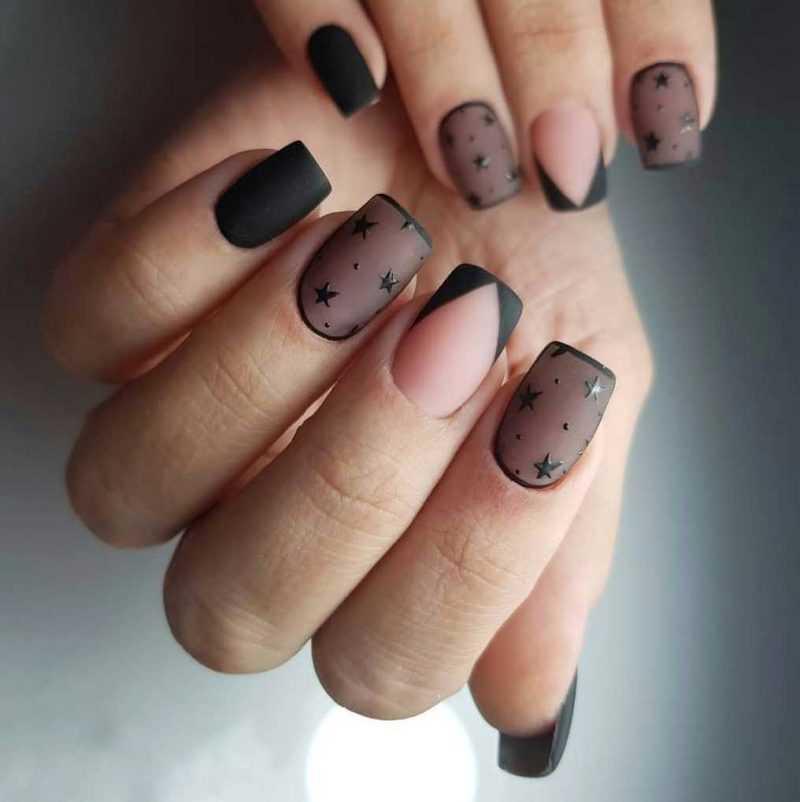 black-nails-131