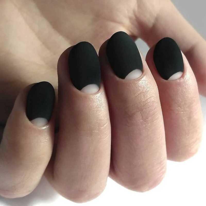 black-nails-135