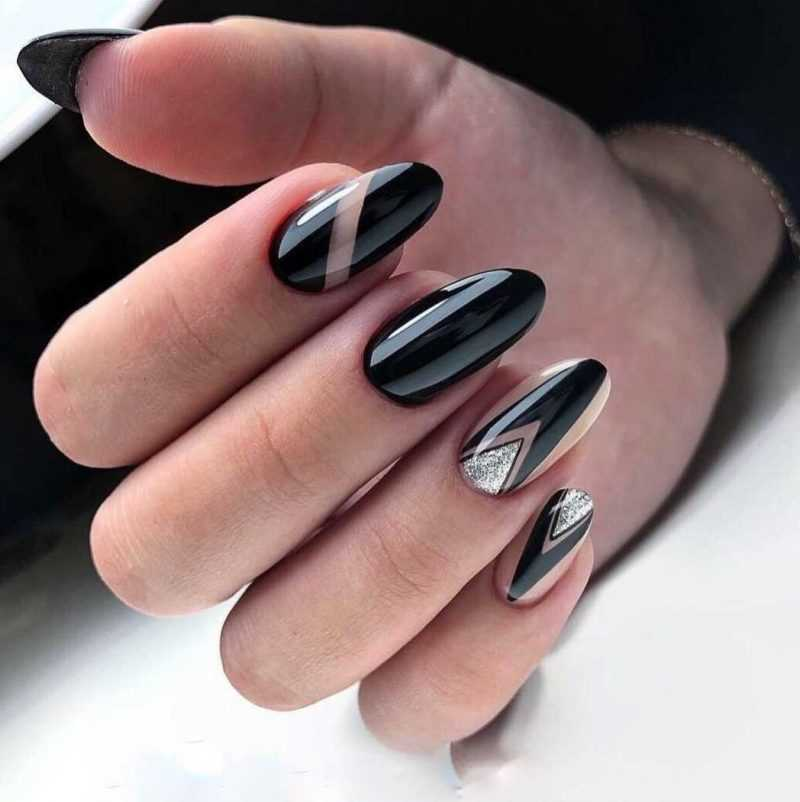 black-nails-137
