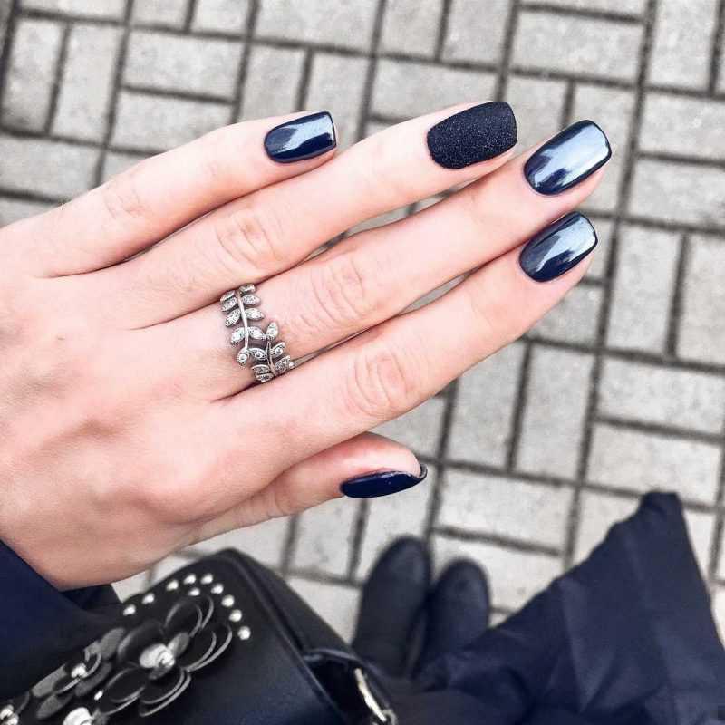 black-nails-139