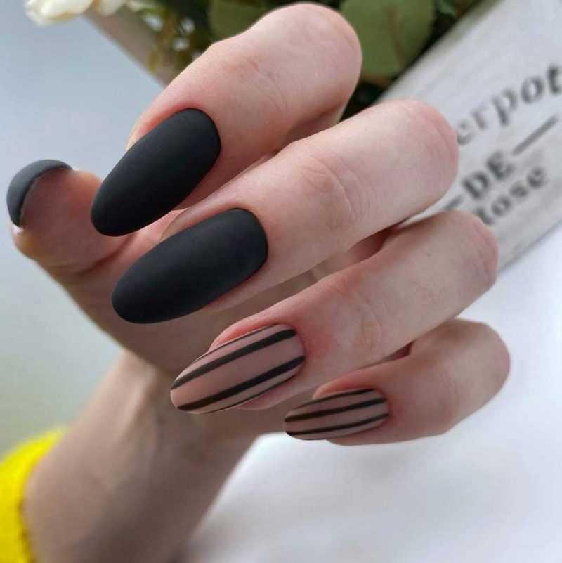 black-nails-141