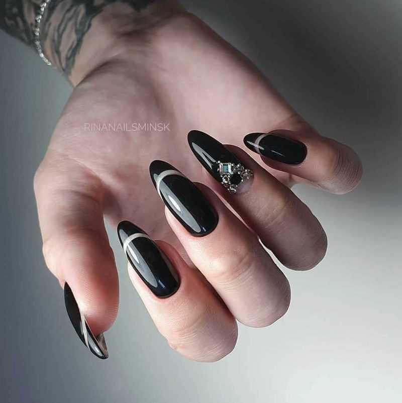 black-nails-143