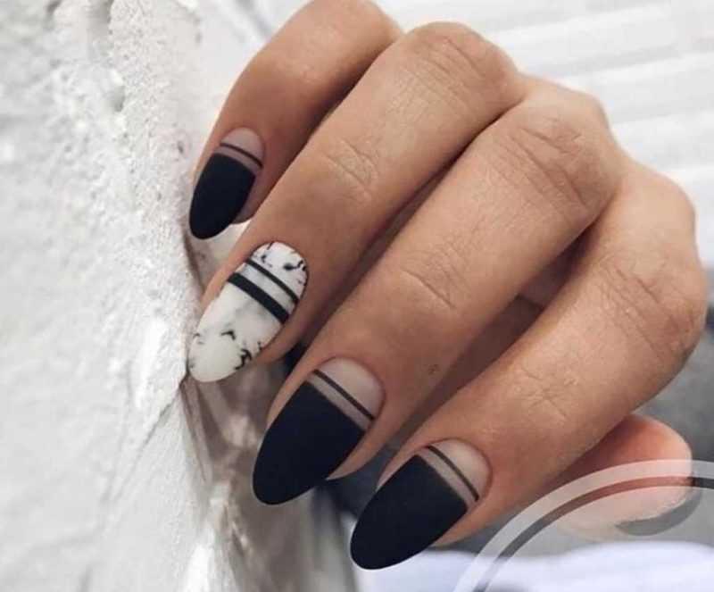 black-nails-148