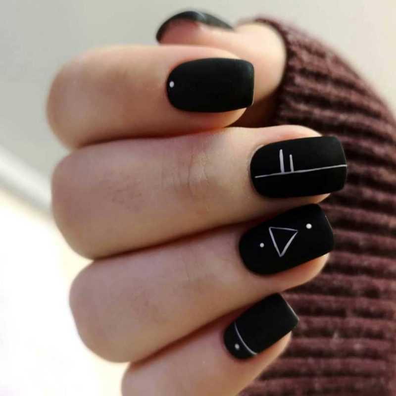black-nails-153