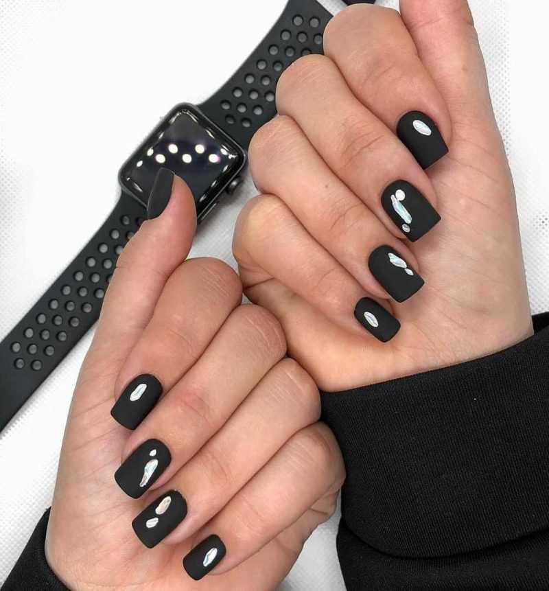 black-nails-155