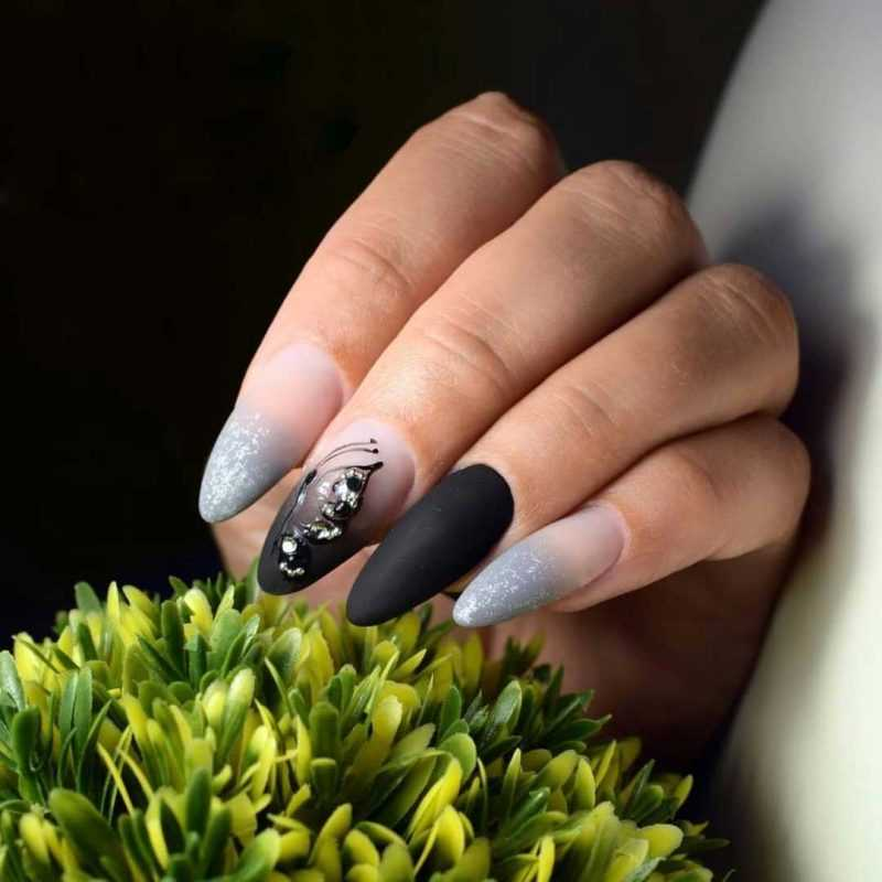 black-nails-162