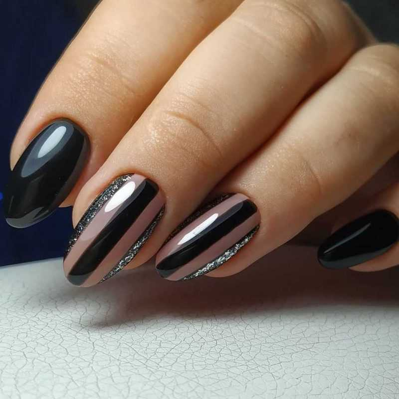 black-nails-167