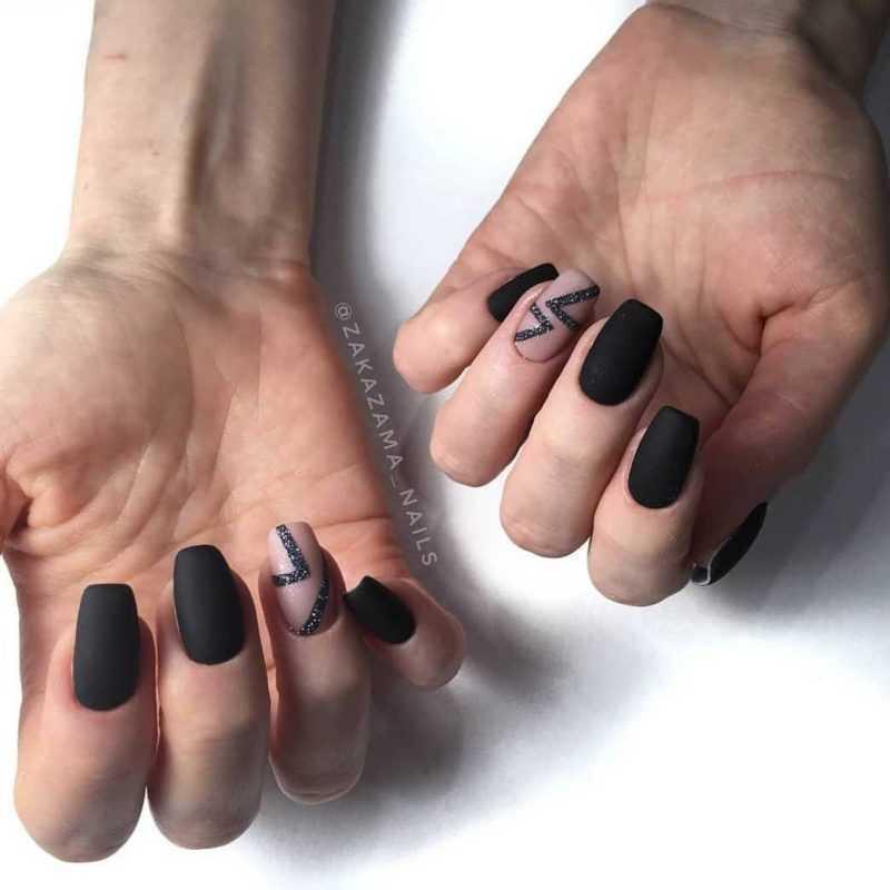 black-nails-168