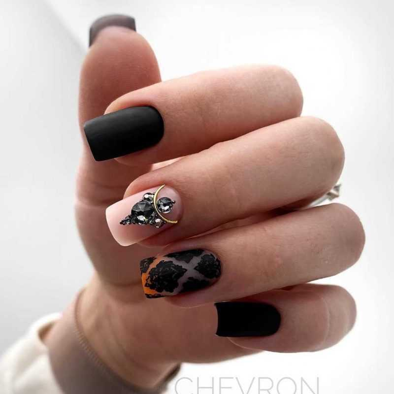 black-nails-44