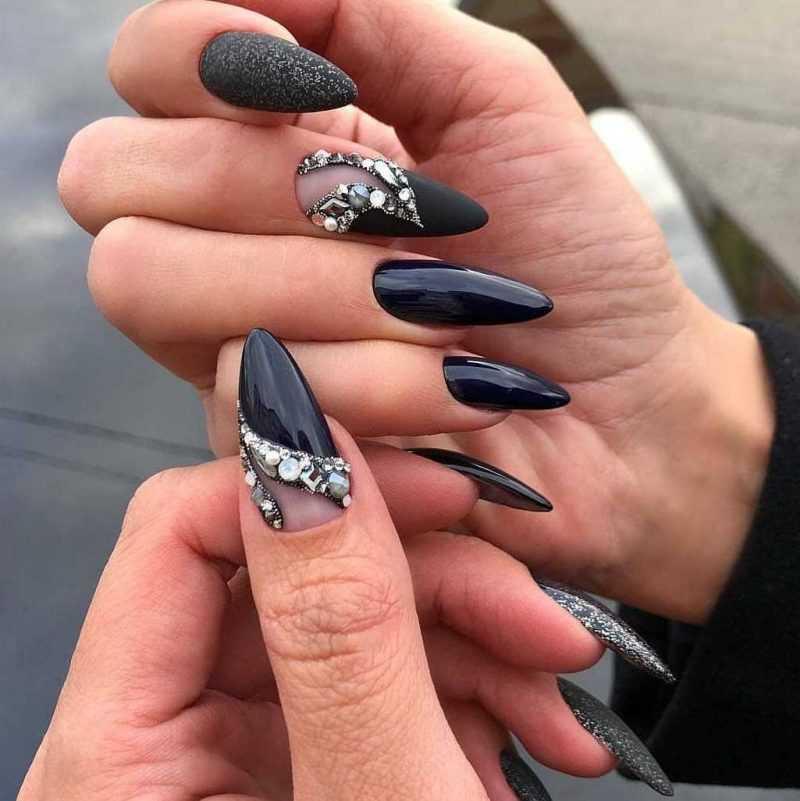 black-nails-46