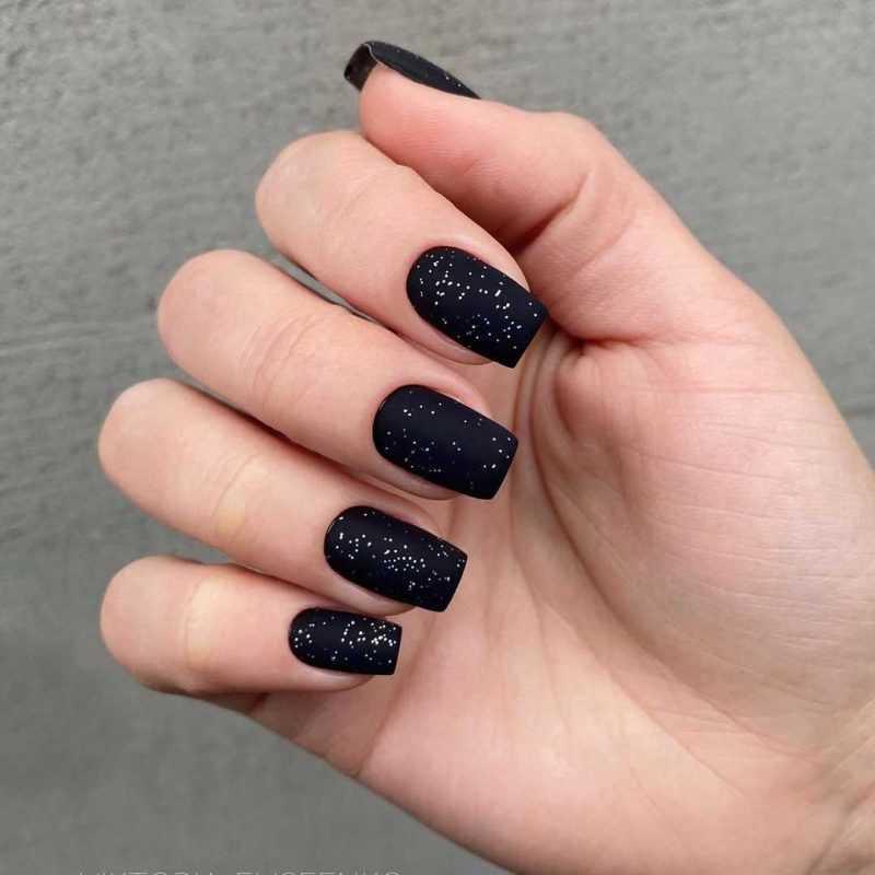 black-nails-57