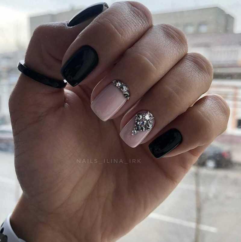black-nails-78