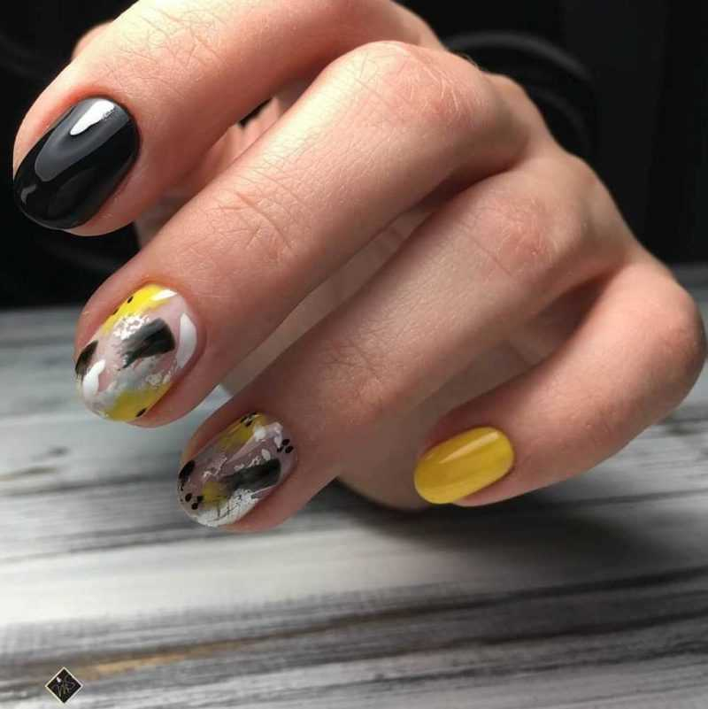 black-nails-85