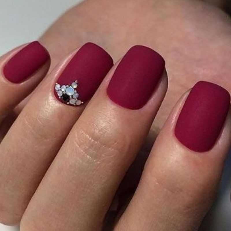 bordo-nails_118