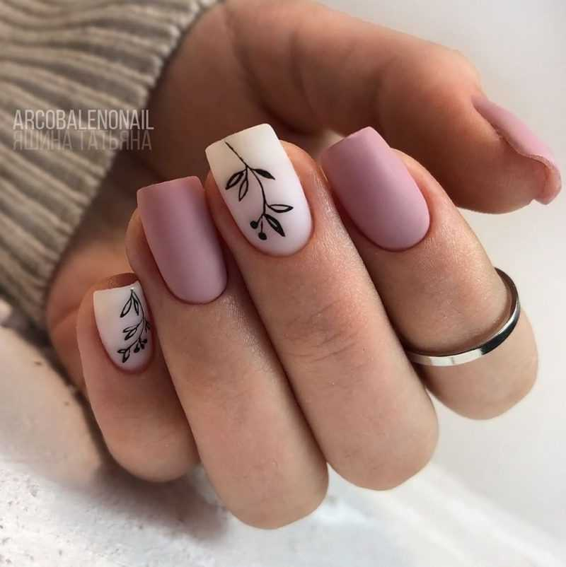 delicate-nails-100