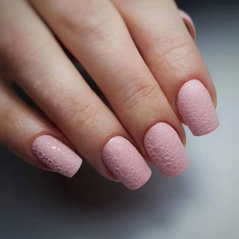 delicate-nails-120