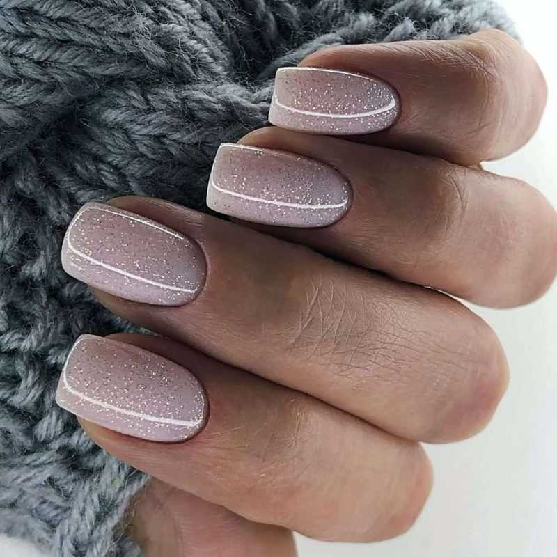 delicate-nails-134