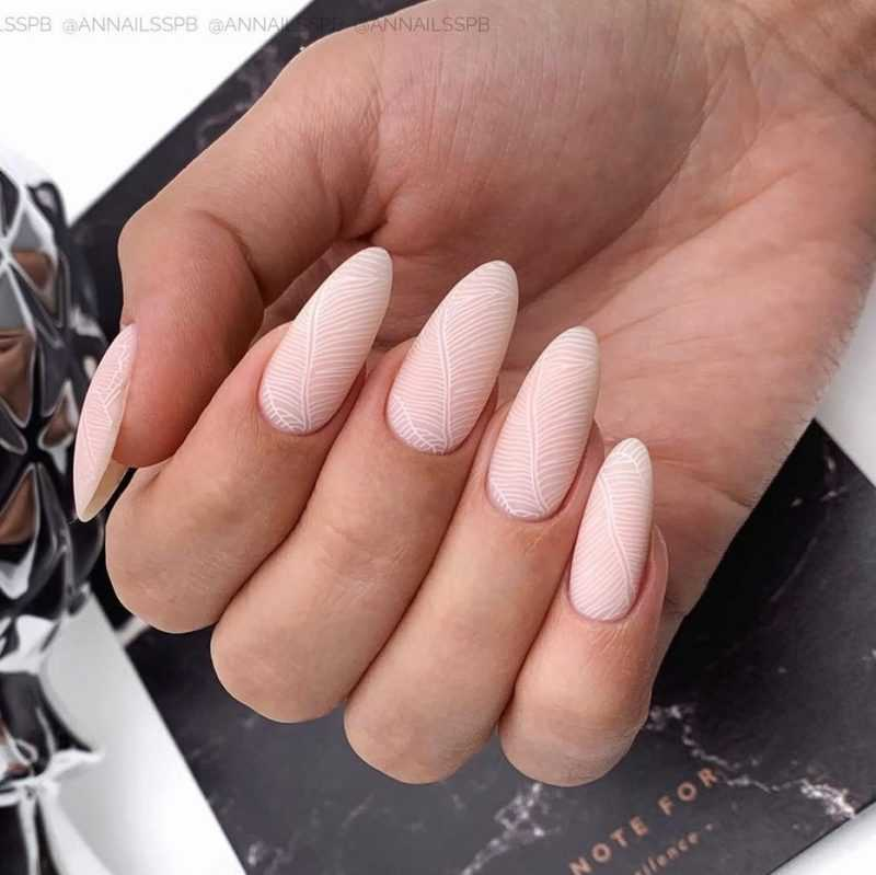 delicate-nails-146