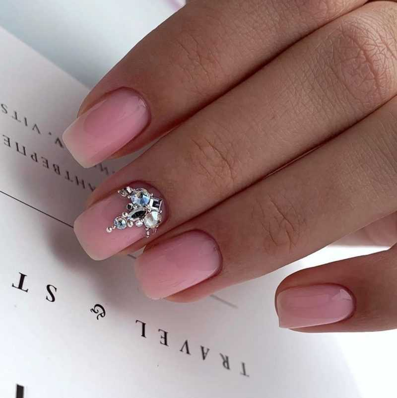 delicate-nails-148
