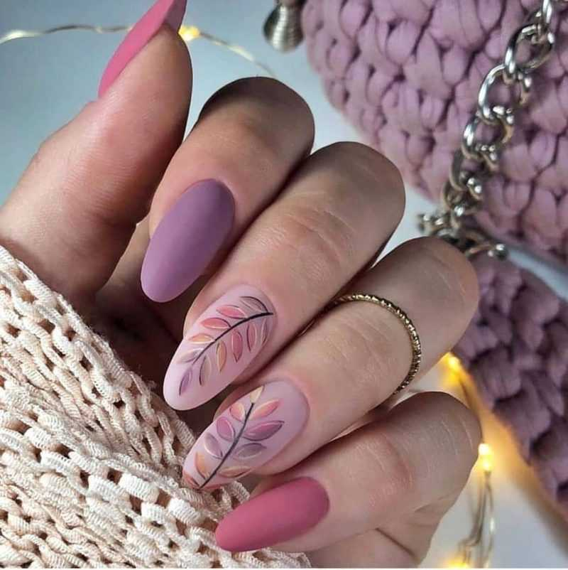 delicate-nails-153