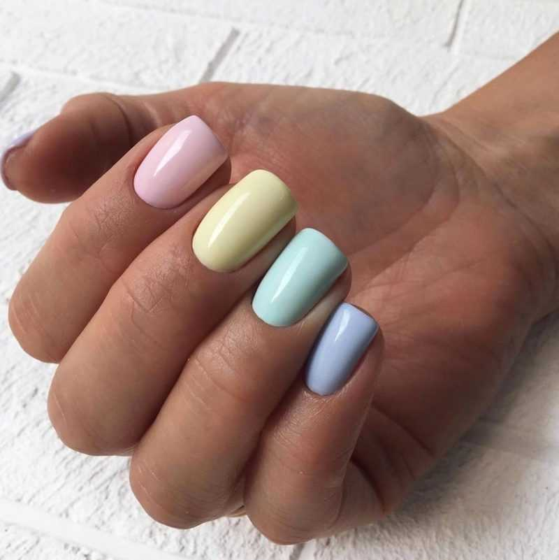 delicate-nails-23