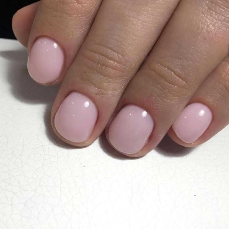 delicate-nails-26