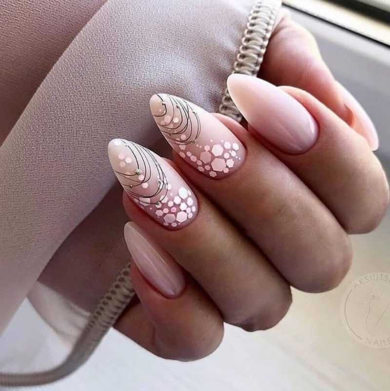 delicate-nails-32