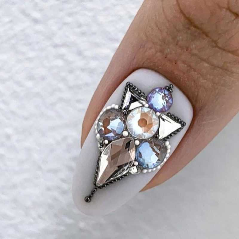 delicate-nails-35