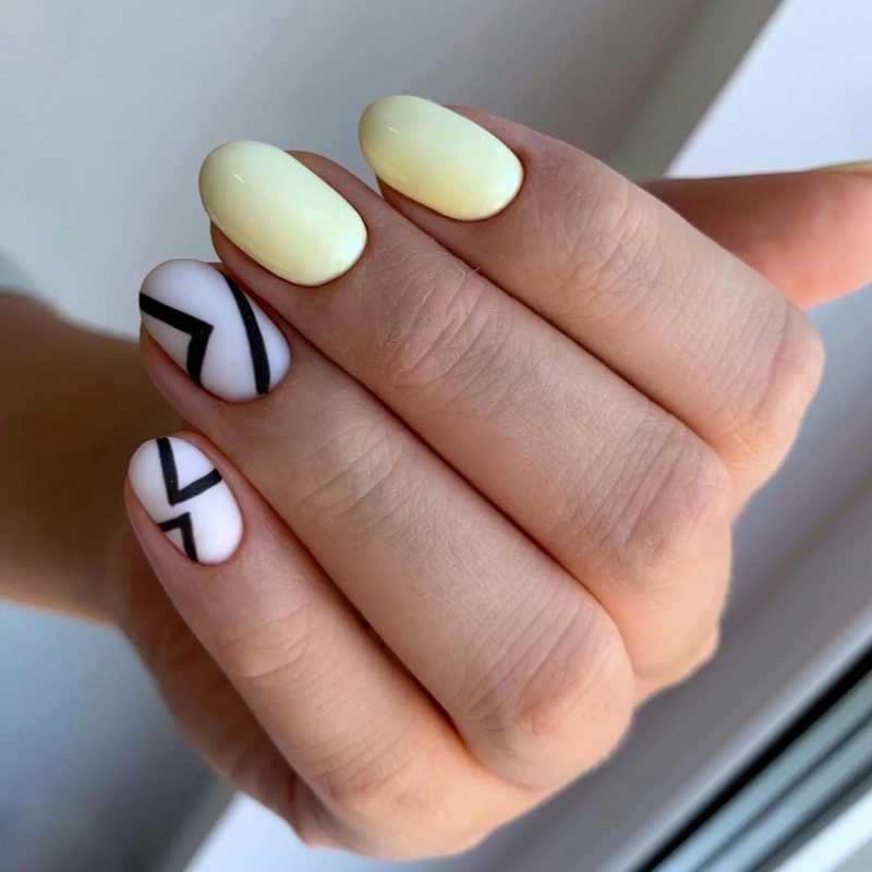 delicate-nails-53
