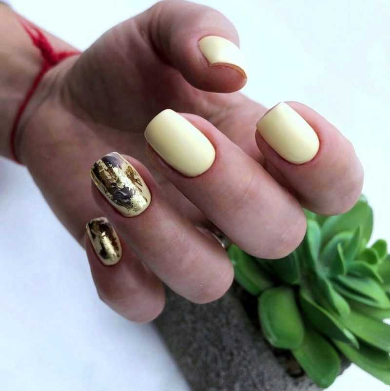 delicate-nails-57