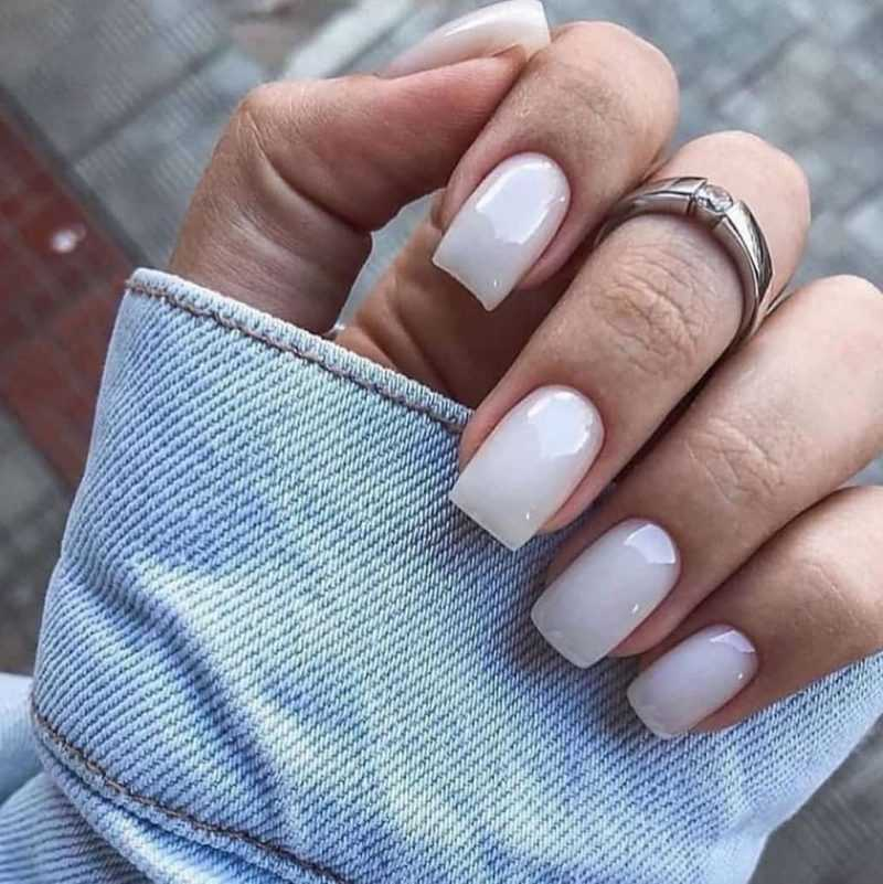 delicate-nails-69