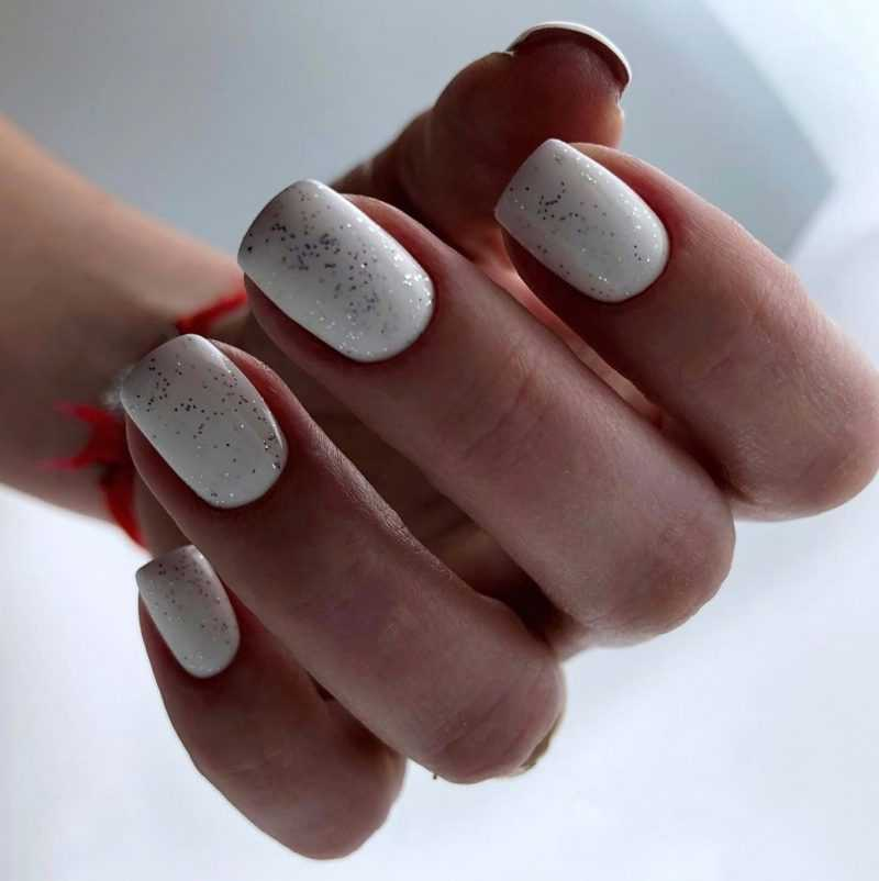 delicate-nails-87