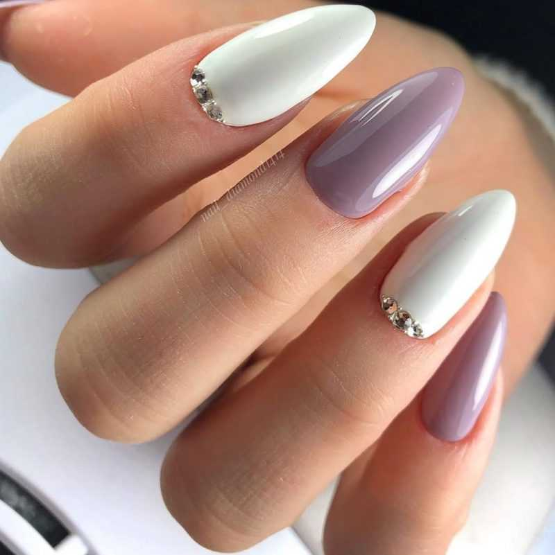 delicate-nails-93