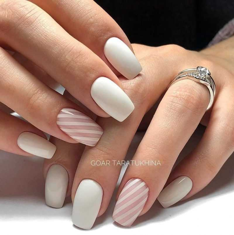 delicate-nails-94
