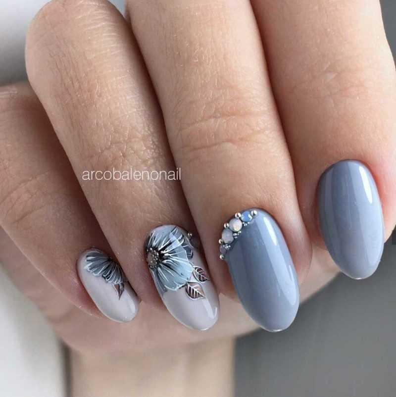 grey-nail-105
